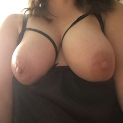 My medium tits - Snowbunny91