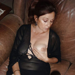 The Great Milf - Big Tits, Brunette, Cumshot, Amateur