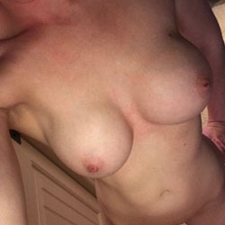 New Boobs - Nude Girls, Big Tits, Shaved, Amateur