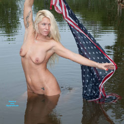 Cynthia Tazer - Nude Girls, Big Tits, Blonde, Outdoors, Tattoos