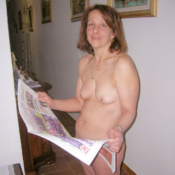 Daniela de Firenze - Nude Wives, Brunette, Bush Or Hairy, Amateur, Mature