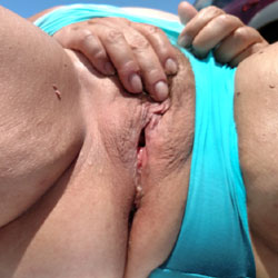 Beach Fun - Masturbation, Outdoors, Close-Ups