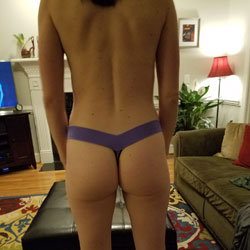 NC Hometown Hottie - Amateur, Firm Ass, Nude Wives