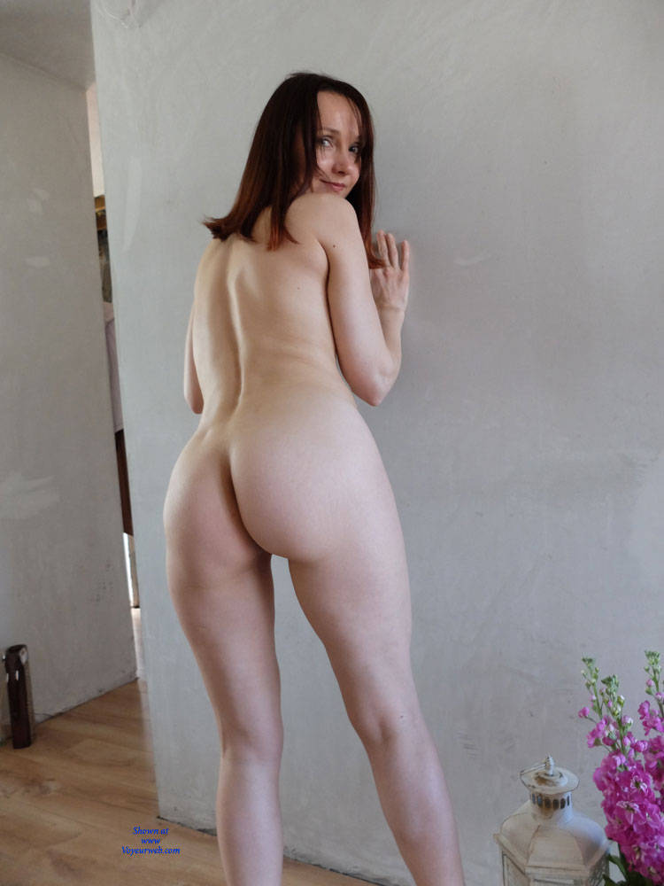 Pic #3 Wearing Only Erotic Aroma - Nude Girls, Redhead, Shaved, Amateur, Firm Ass