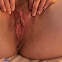 Hotel Stay - Masturbation, Toys, Bush Or Hairy, Close-Ups, Amateur, Wife/Wives