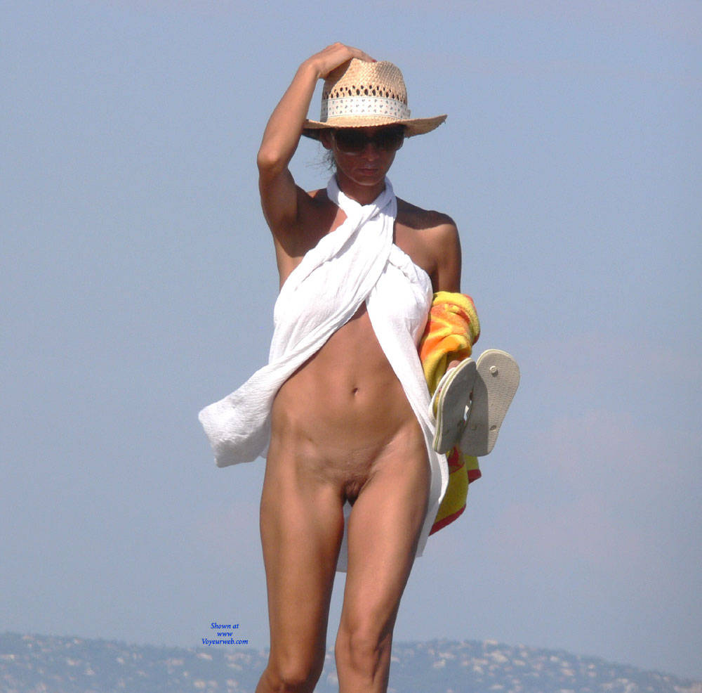 Pic #9 Warm Summer - Nude Girls, Big Tits, Brunette, Outdoors, Beach Voyeur