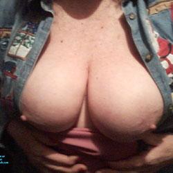 Juggs - Big Tits, Amateur, Topless Girls