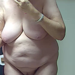 Nothing But Woman - Nude Amateurs, Big Tits, Bush Or Hairy