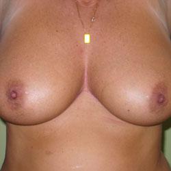 Beautifful Breast - Big Tits, Amateur, GF