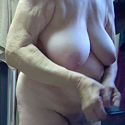Bronco Is Back From Texas - BBW, Big Tits, Amateur