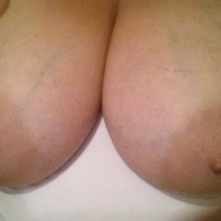 Large tits of my wife - Noydb's Wife