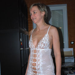 String et Nuisette - Lingerie, See Through, Amateur