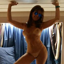 Indoor - Nude Girls, Big Tits, Amateur