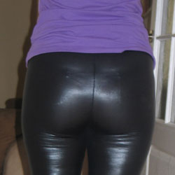 Latex Leggins - High Heels Amateurs, Dressed