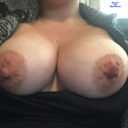 Wife's Large Boobies - Topless Wives, Big Tits, Amateur