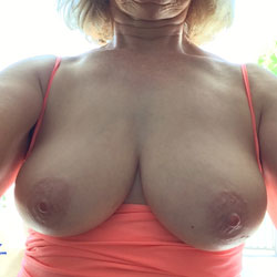 Outdoor Selfies - Big Tits, Outdoors, Amateur