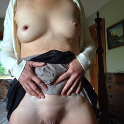 Milf Strip - Pantieless Wives, Shaved, Amateur