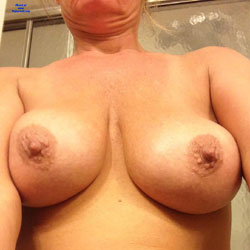 Selfies - Big Tits, Amateur