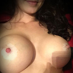 My First Post - Big Tits, Amateur