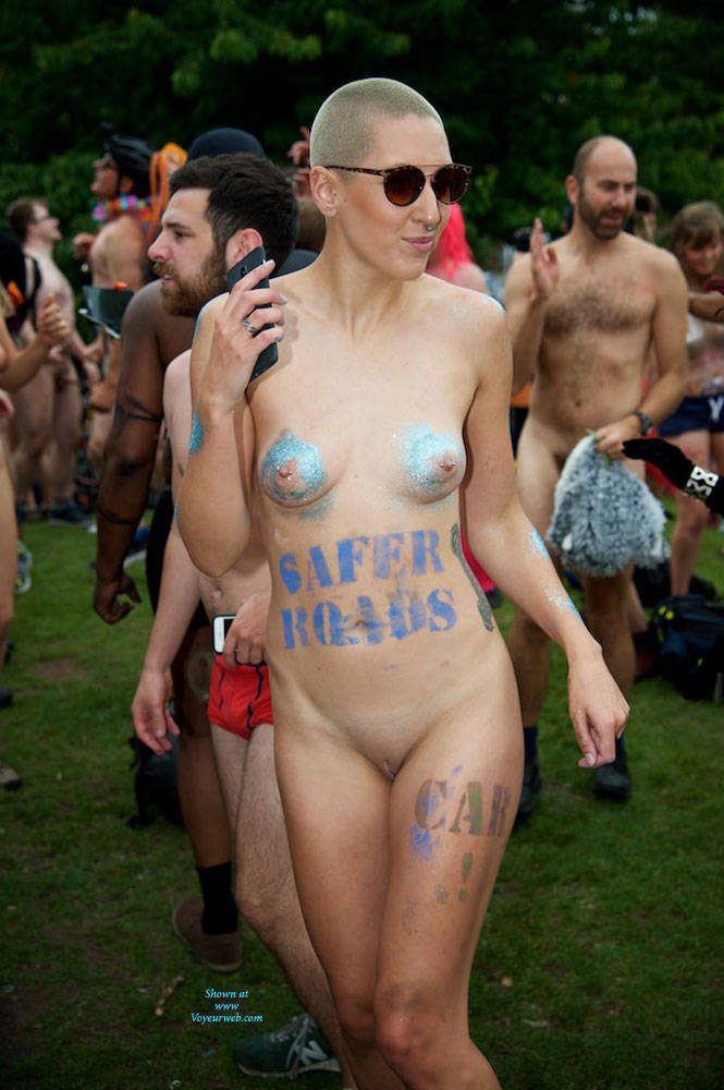 Pic #5 World Naked Bike Ride London 2 - Nude Girls, Big Tits, Public Exhibitionist, Outdoors, Public Place, Bush Or Hairy