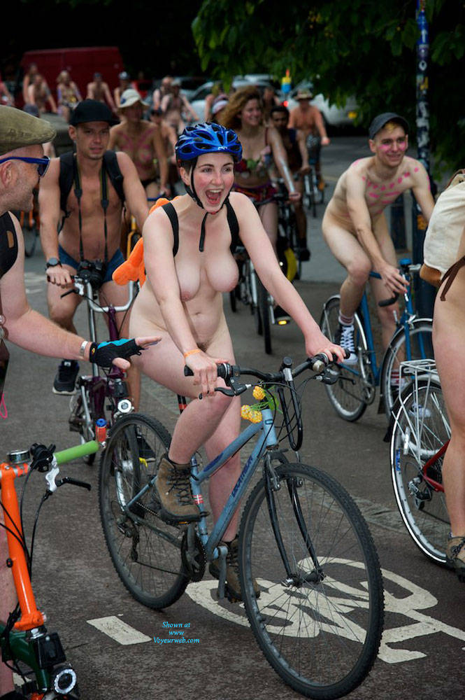 Pic #7 World Naked Bike Ride London 2 - Nude Girls, Big Tits, Public Exhibitionist, Outdoors, Public Place, Bush Or Hairy