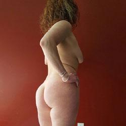Milf Selfies - Nude Wives, Amateur