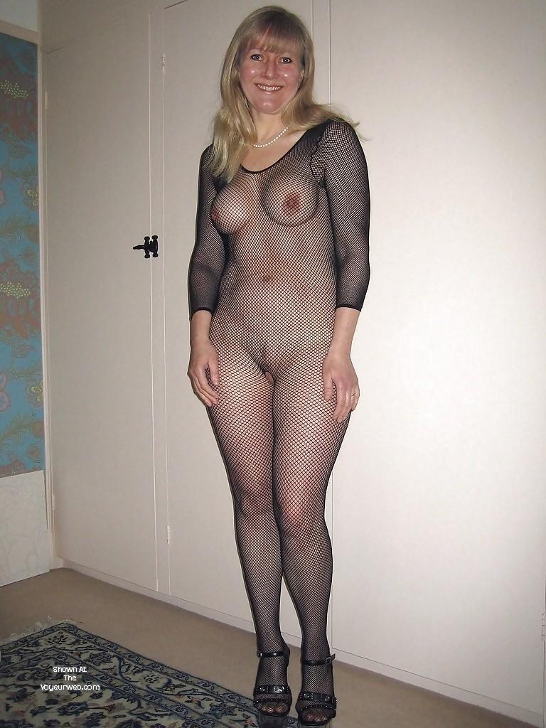 Pic #1 Medium tits of a neighbor - Helen
