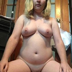 Selfies She Has Sent - Nude Girls, Big Tits, Amateur