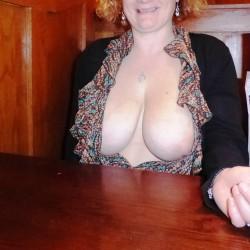 Large tits of my girlfriend - Fun-girl