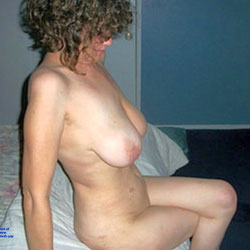 Home And Bored - Nude Amateurs, Big Tits, Brunette, Mature