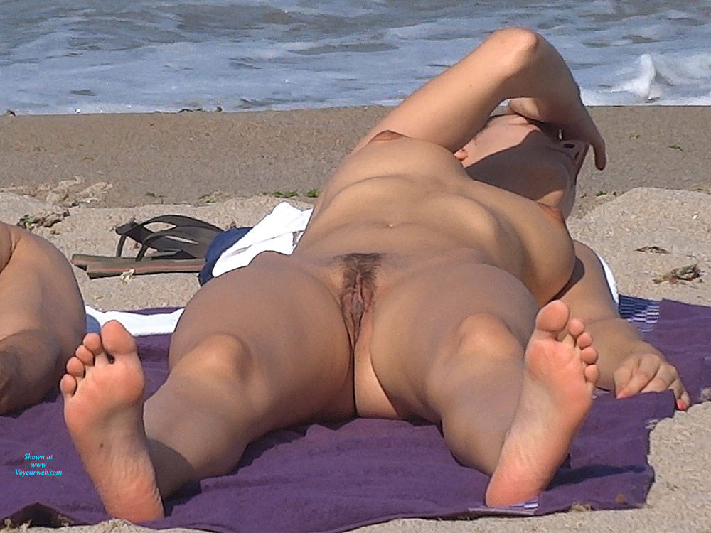 Pic #5 See Through And Something More - Nude Girls, Big Tits, Brunette, Outdoors, Bush Or Hairy, Beach Voyeur