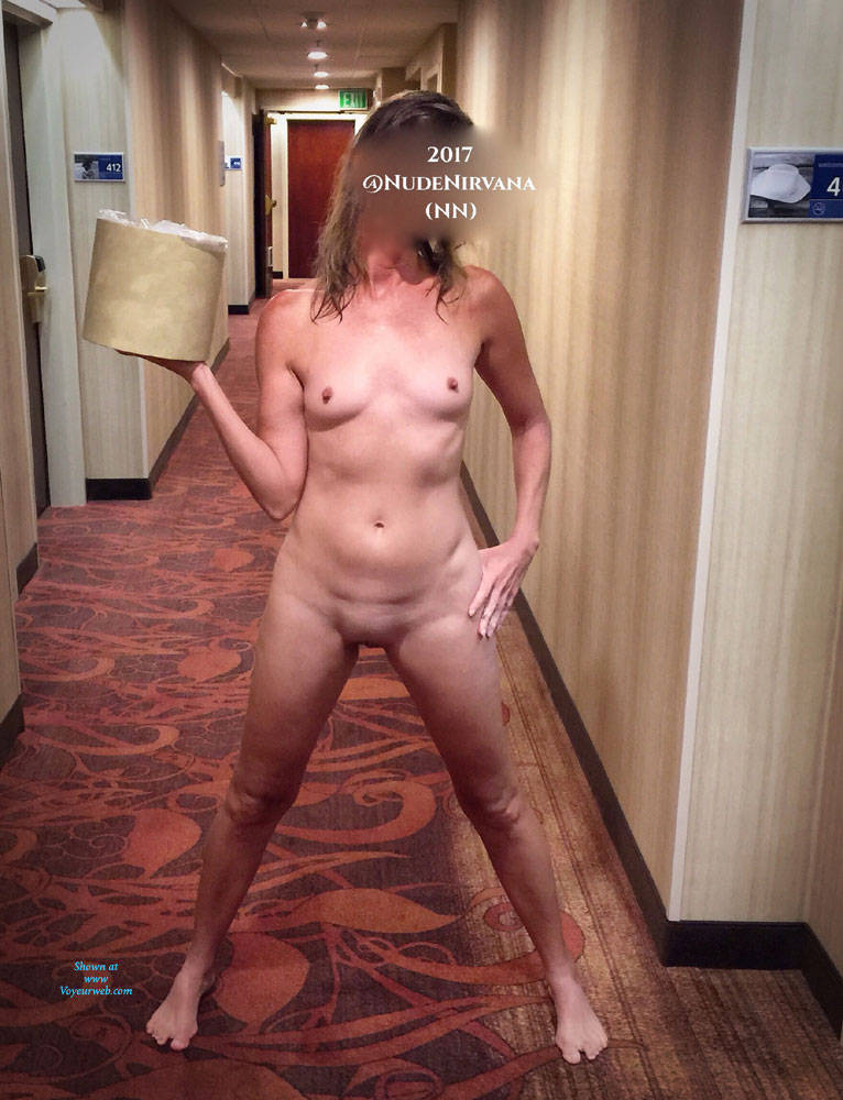 Pic #6 Hotel Hallway Surprise - Nude Wives, Public Exhibitionist, Flashing, Public Place, Amateur, Shaved