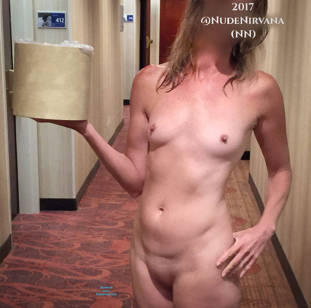 Pic #9 Hotel Hallway Surprise - Nude Wives, Public Exhibitionist, Flashing, Public Place, Amateur, Shaved