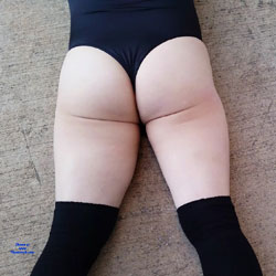 Sexy Ass - Outdoors, Amateur