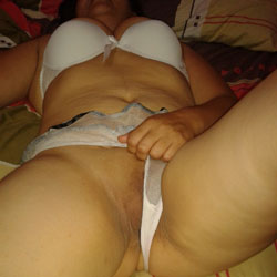 I Hate Being Alone! - Shaved, Amateur
