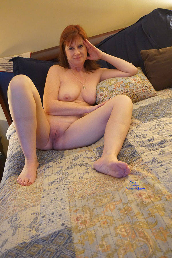 Sexy milf at it again