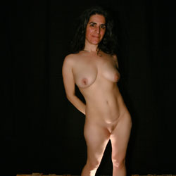Just Playing Around With New Lights - Nude Girls, Big Tits, Brunette, Amateur