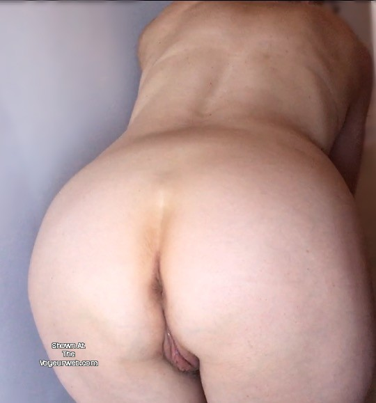 Pic #1 My wife's ass - AAA Sandy