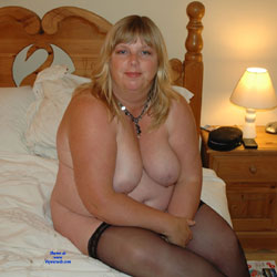Fiona - A Day Off  - Nude Amateurs, BBW, Big Tits