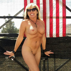 Salute The Troops - Nude Girls, Big Tits, Blonde, Public Exhibitionist, Flashing, Public Place