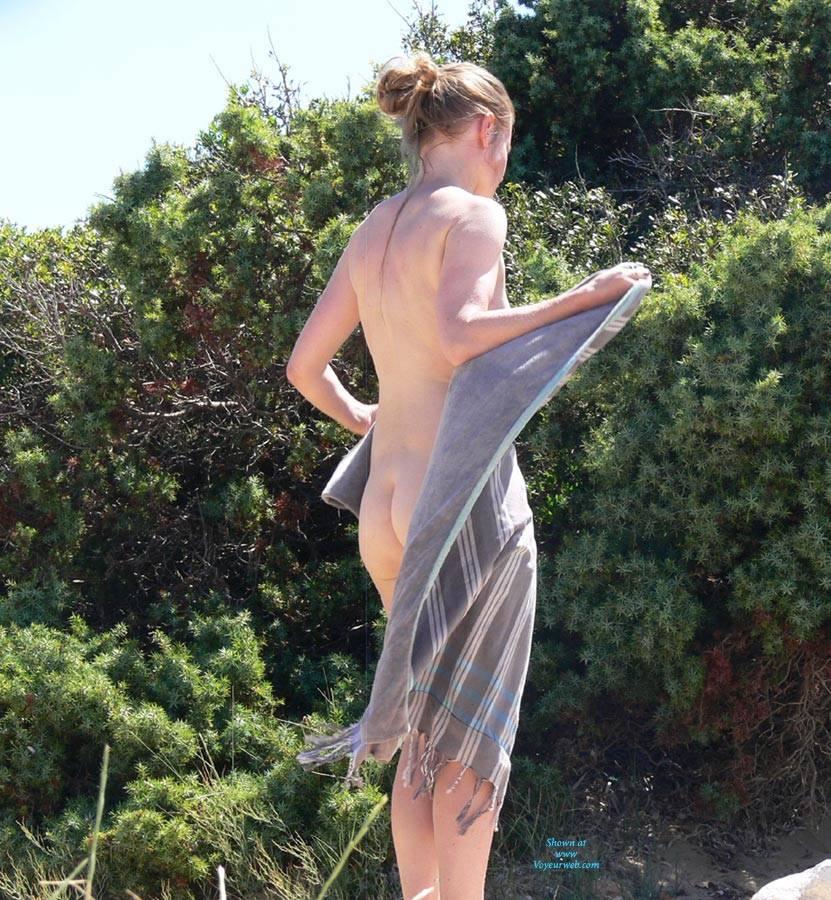 Pic #6 Hotlips - Nude Girls, Outdoors, Beach Voyeur