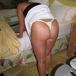 My wife's ass - Redhot