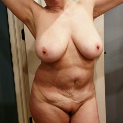 Large tits of my wife - 32eee