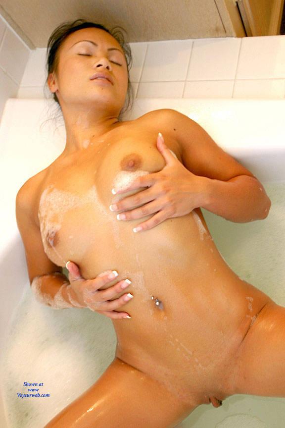Pic #7 Bubble Bath - Nude Girls, Big Tits, Brunette, Shaved