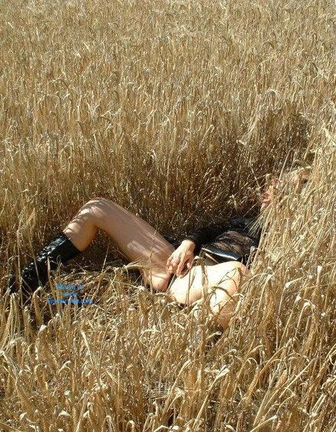Pic #8 - Sandi al Campo - Lingerie, Blonde, Latina, Nature, Outdoors, Big Ass