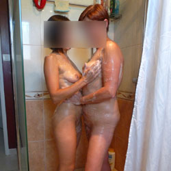 Une Agreable Surprise - Nude Girls, Amateur, Wet Tits