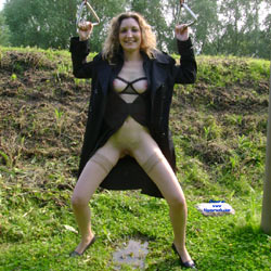 Flashing In A Park - Part 1 - Big Tits, Outdoors, Amateur