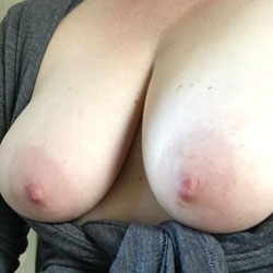Laundry Day - Big Tits, Wife/Wives, Amateur