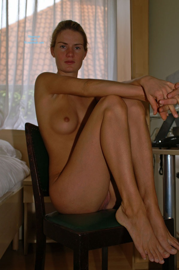 Pic #3 In a Hotel Room - Blonde