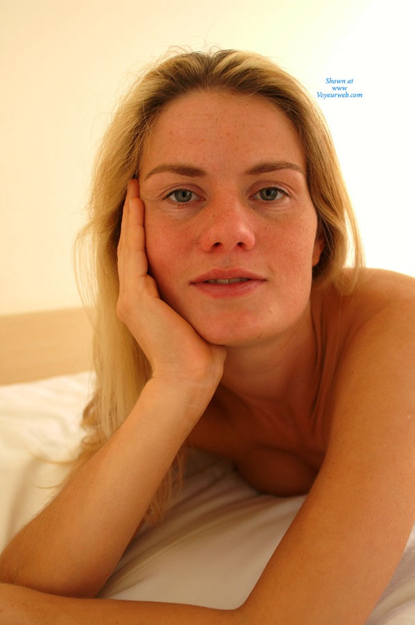 Pic #9 In a Hotel Room - Blonde